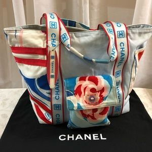 🆕 Chanel Surf Line Signature Tote Bag 👜